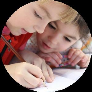 Epidemia de piojos - Niños en la escuela